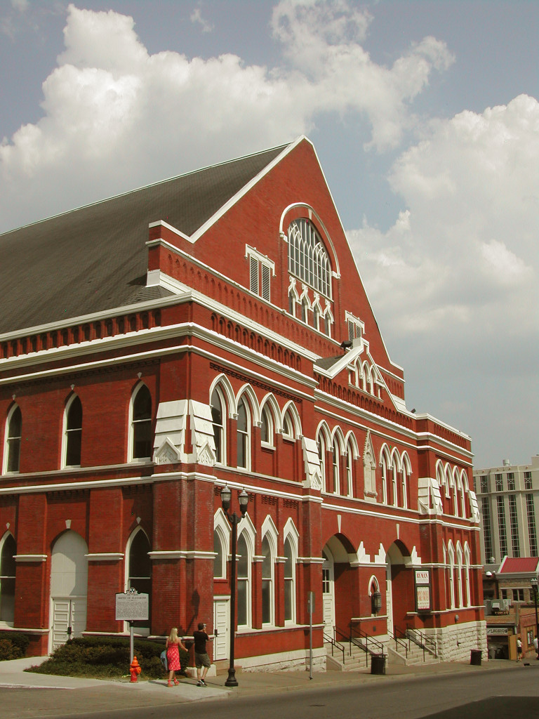 Ryman_Auditorium_courtesy_Nashville_Convention_and_Visitors_Corp