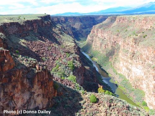 Ten_Top_Things_to_Do_Taos_Rio_Grande_Gorge