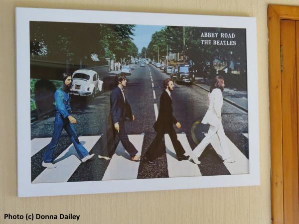 Four_Seasons_Hotel_Loch_Earn_5_Beatles_Chalet_Abbey_Road