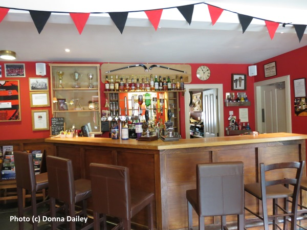 Loch_Ness_Inn_bar