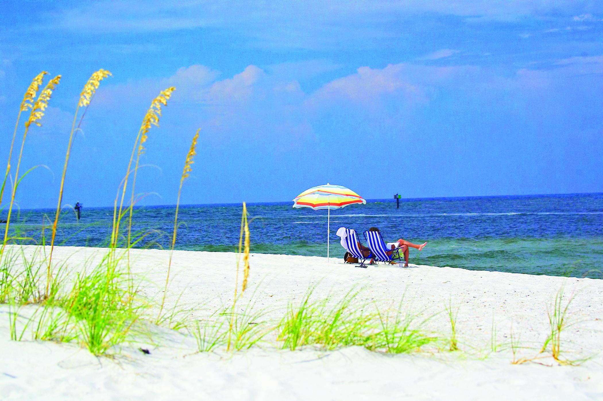 White Sands In Gulf Ss Alabama Mike Gerrard